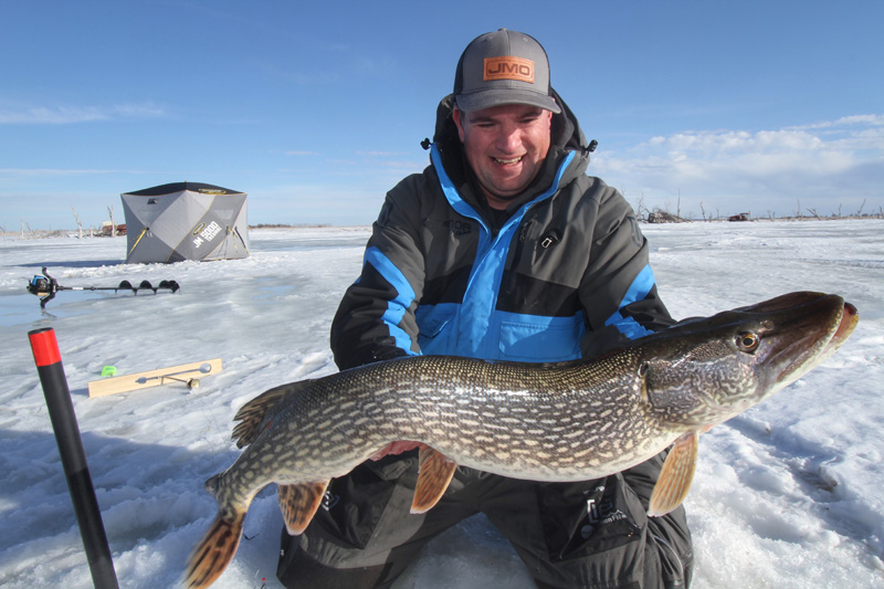 Pike Tip Up Ice Fishing